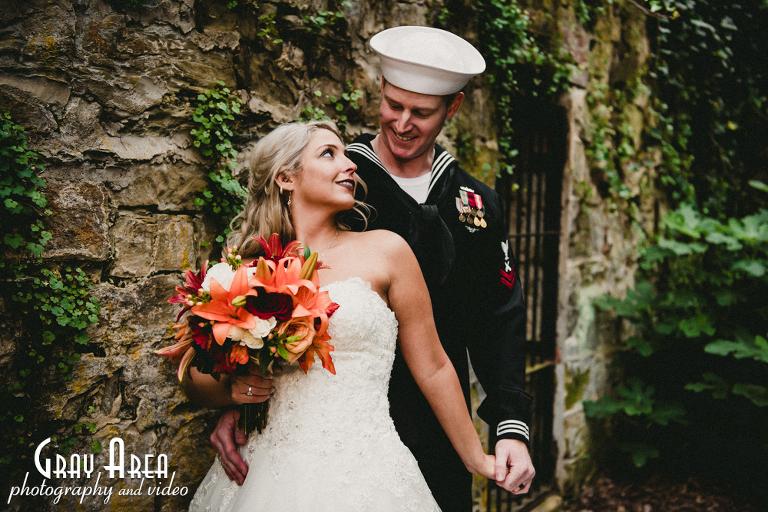 wedding photographer at Oatlands Plantation