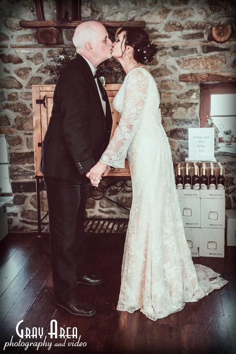 Wedding Photographer at Hillsborough Vineyard